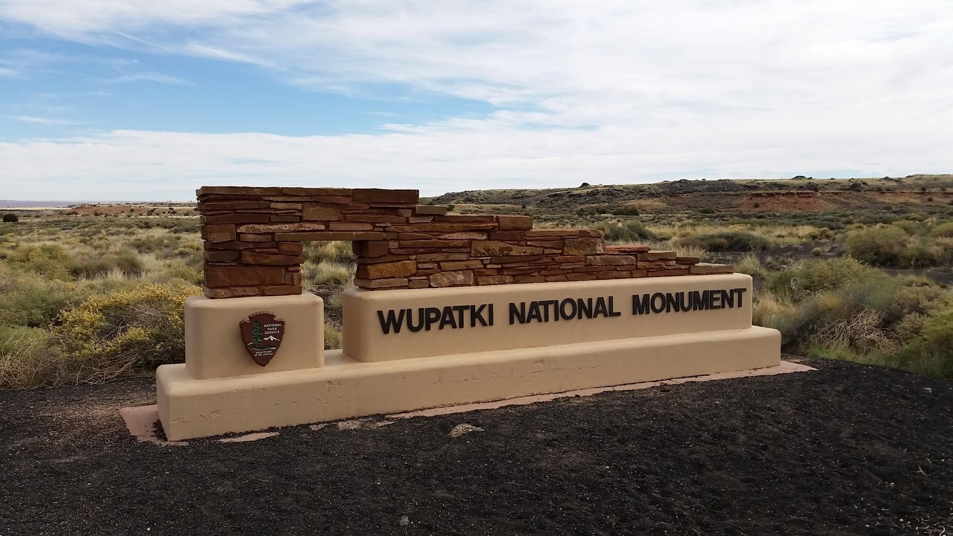 USA Tag 20: Sunset Crater, Wupatki National Monument, Flagstaff, Phoenix (2014-10-15)